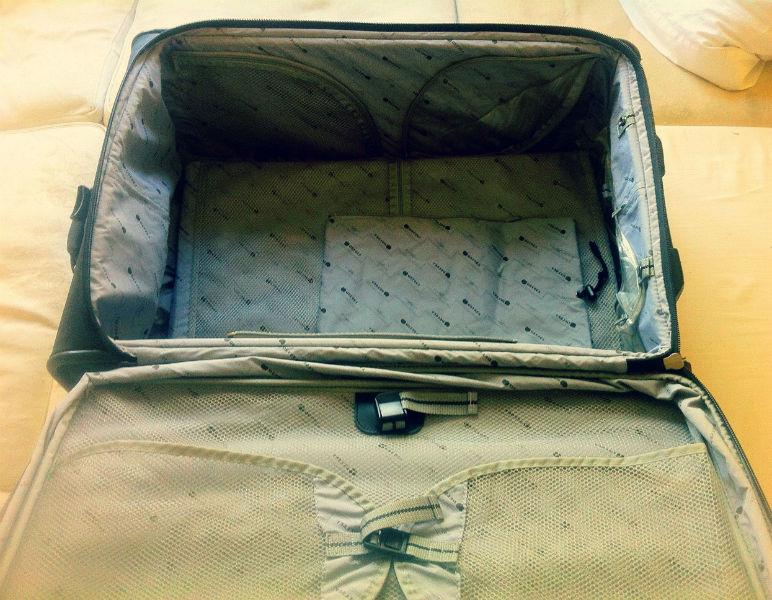 les meilleurs conseils pour optimiser l 39 espace de son bagage. Black Bedroom Furniture Sets. Home Design Ideas
